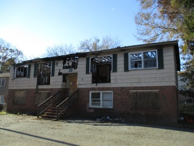 Greenville County, Spartanburg County Multi Family Home For Sale: 206 Headquarters Loop