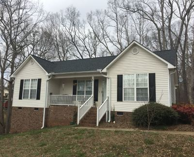 Spartanburg Single Family Home For Sale: 527 Holly Run Ct