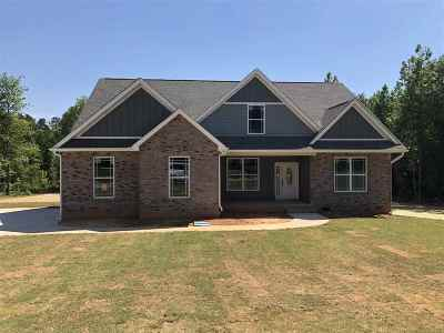 Roebuck Single Family Home For Sale: 214 Plantation Grove