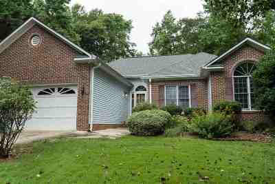 Moore Single Family Home For Sale: 544 Yorktown Place
