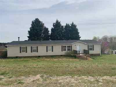 Campobello Mobile Home For Sale: 143 Wilkins Hill Ln