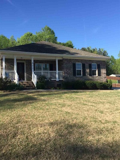 Moore Single Family Home For Sale: 611 Pearson Town Road