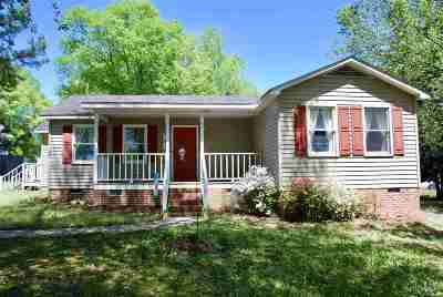 Greenville Single Family Home For Sale: 109 Pender Dr