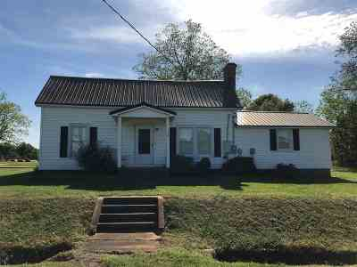 Chesnee Single Family Home For Sale: 737 Martin Camp Road