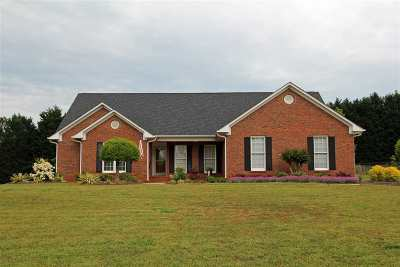 Roebuck Single Family Home For Sale: 305 Haystack Hill