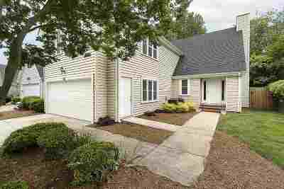 Simpsonville Single Family Home For Sale: 82 Forest Lake Drive