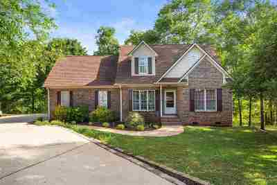 Duncan Single Family Home For Sale: 176 Berrys Pond Drive