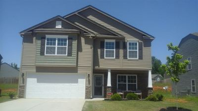 Moore Single Family Home For Sale: 456 Victory Lane