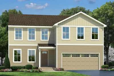 Greenville Single Family Home For Sale: 17 Torrington Drive