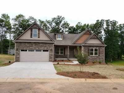 Chesnee Single Family Home For Sale: 413 Saddlers Ln