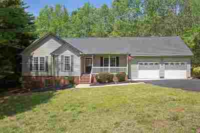 Single Family Home For Sale: S 216 Johnson Circle