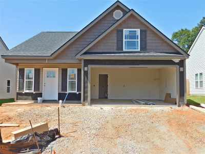 Inman Single Family Home For Sale: 144 Highland Springs Loop