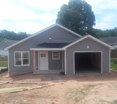 Inman Single Family Home For Sale: 145 Glassy Drive