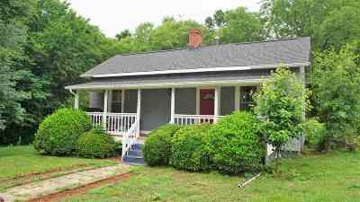 Spartanburg Single Family Home For Sale: 1049 Chesnee Hwy