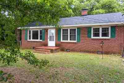 Roebuck Single Family Home For Sale: 109 McAbee Road