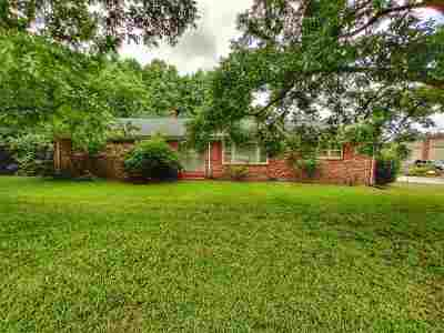 Spartanburg Single Family Home For Sale: E 304 Blackstock Rd