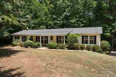 Moore Single Family Home For Sale: 259 Kenwood Court