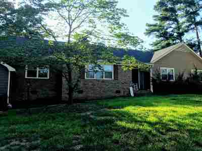 Moore Single Family Home For Sale: 212 Highway 417