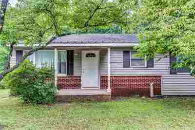 Greenville Single Family Home For Sale: 37 Crestmore Dr