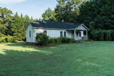 Chesnee Single Family Home For Sale: S 402 Florida Avenue