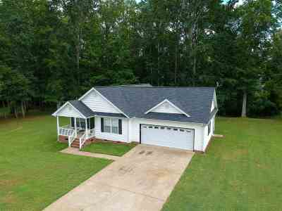 Inman Single Family Home For Sale: 328 Corey Drive