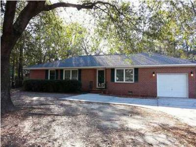 Single Family Home Sold: 1331 Old Towne Rd