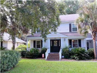 Single Family Home Sold: 964 Mooring Dr