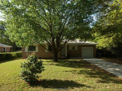 Charleston SC Single Family Home Contingent: $215,000