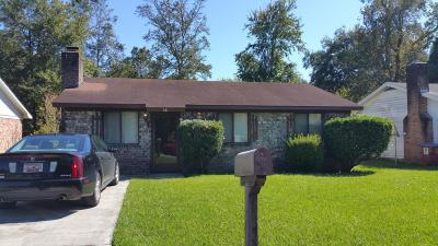 Goose Creek Single Family Home Contingent: 68 Tanbark Court