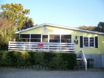 Folly Beach Single Family Home For Sale: 810 W Ashley