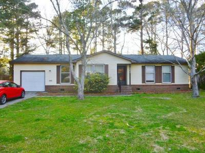 Summerville Single Family Home Contingent: 102 Two Wood Court