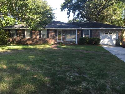 Single Family Home Contingent: 1243 Springhill Road