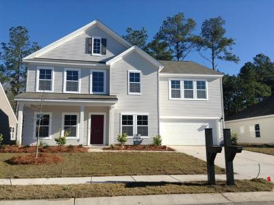 Goose Creek Single Family Home For Sale: 120 Firethorn Drive