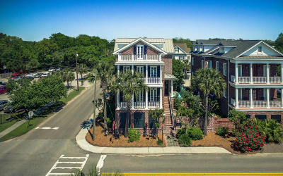 Single Family Home Contingent: 46 Halsey Boulevard