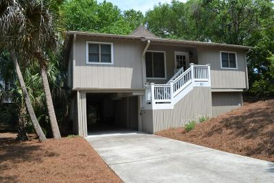 Isle Of Palms Single Family Home Contingent: 20 Sandpiper Court