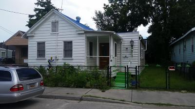 Single Family Home Contingent: 89 Romney Street