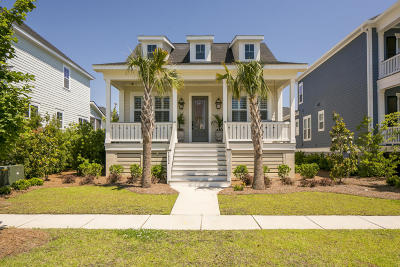Charleston Single Family Home For Sale: 1884 Village Crossing Drive