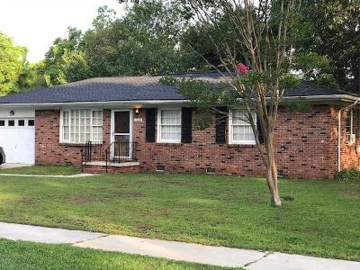 West Ashley Plantation Single Family Home For Sale: 1664 Boone Hall Drive