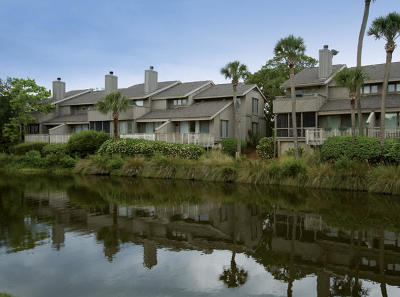 Isle Of Palms Attached For Sale: 20 Racquet Club