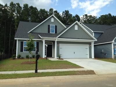 Berkeley County Single Family Home For Sale: 4 Pendleton Drive