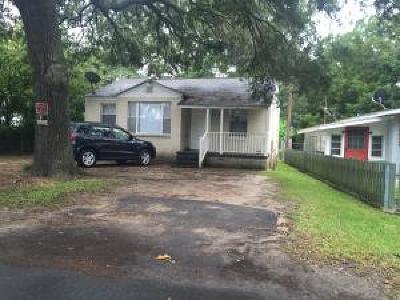 North Charleston Single Family Home Contingent: 5109 Willis Drive