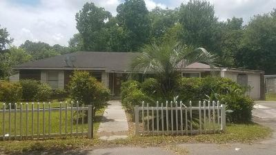 North Charleston Single Family Home Contingent: 2633 Cardinal Circle