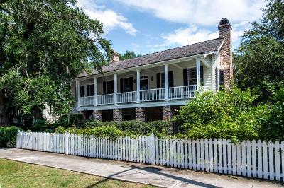 Single Family Home For Sale: 135 Hibben Street
