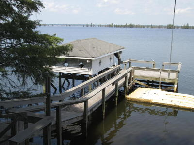 Single Family Home For Sale: 116 Lake Marion Drive