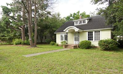 North Charleston Single Family Home Contingent: 3885 Chestnut Street