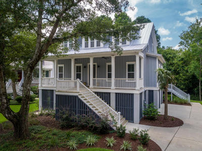 Charleston National Single Family Home For Sale: 2540 Charter Oaks Drive