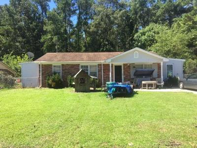 Goose Creek Single Family Home Contingent: 128 Red Cedar Dr