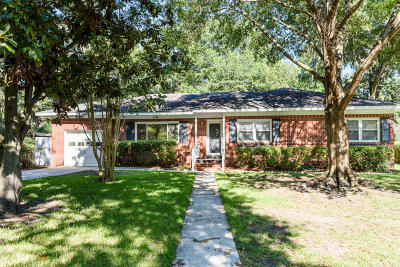 Charleston Single Family Home For Sale: 514 Linden Circle