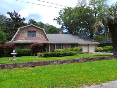 Charleston Single Family Home For Sale: 1422 Alden Drive