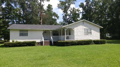 Moncks Corner Single Family Home Contingent: 109 Annie Williams Street